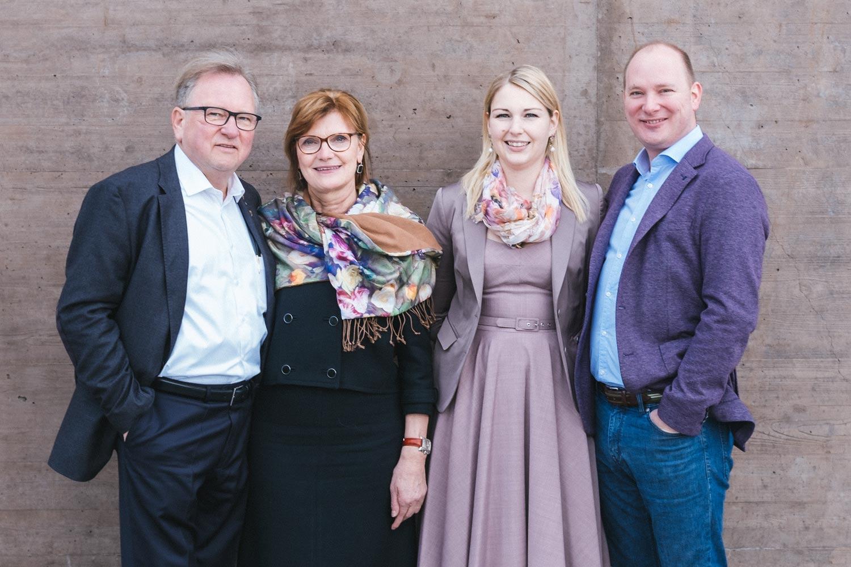 Familienportrait-Wratschko